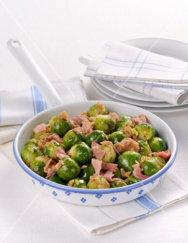 Fried Brussels sprouts with ham