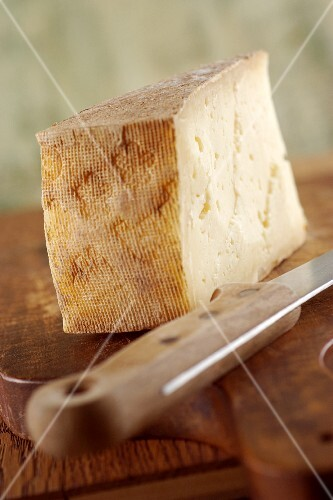 Spress (cheese from Piedmont, Italy)