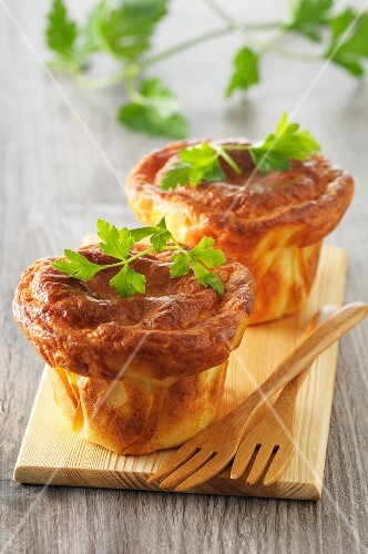 Soufflés with parsley