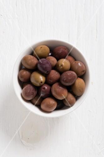 Baresana olives in a white bowl