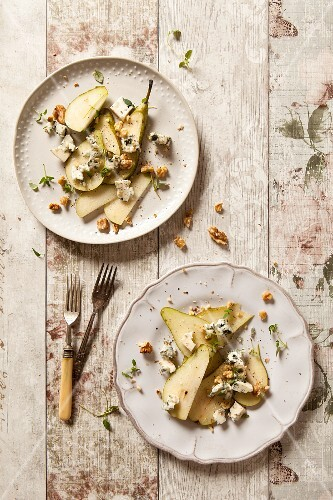 Pear and Roquefort cheese salad with walnuts
