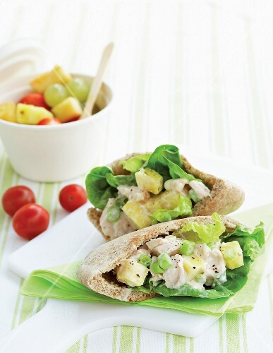 Pitta bread filled with chicken and pineapple