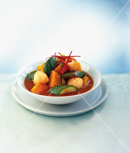 Red curry with lychees, sweet potatoes and courgettes