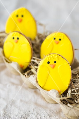 Easter chick biscuits in straw