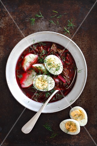 Beetroot soup with potatoes and eggs