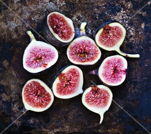 Halved fresh figs