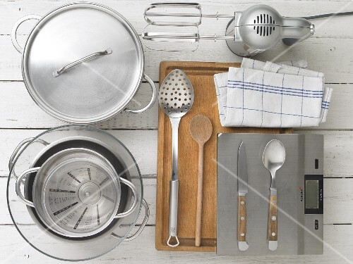 Kitchen utensils for making Dampfnudeln (steamed, sweet yeast dumplings)