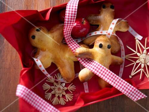Bread men (Stutenkerle, made from sweet bread dough)