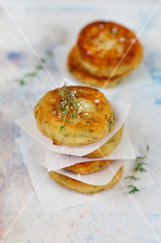 Potato fritters with thyme and salt