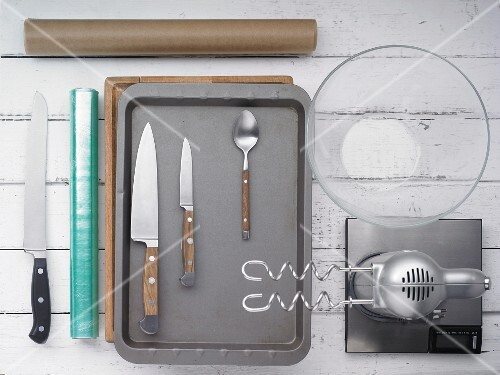 Utensils for making cantuccini