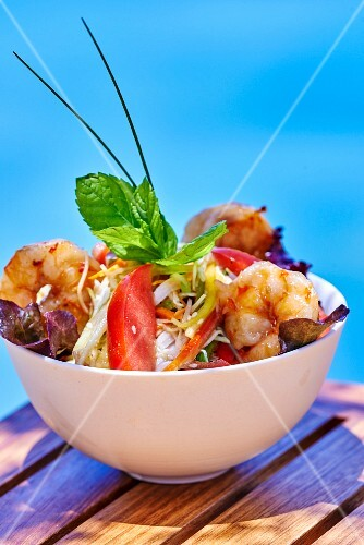 A small vegetable salad with prawns