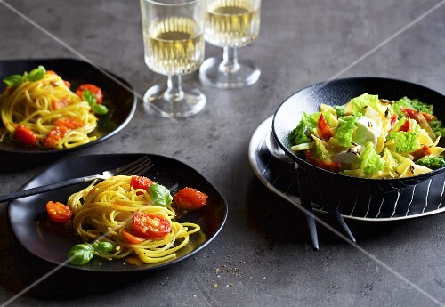 Spaghetti with saffron tomatoes, and savoy cabbage pasta with ricotta