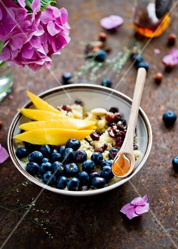 Couscous with fruit
