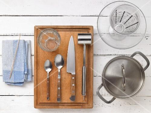 Kitchen utensils for making fruit punch