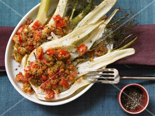 Gratinated fennel with a tomato crust