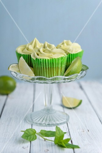 Lime cupcakes with lime frosting