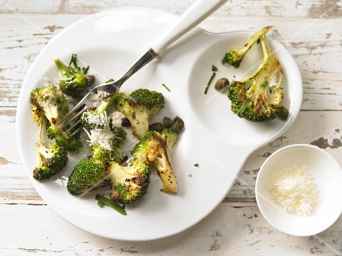 Pan-fried broccoli with Parmesan