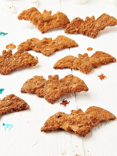 Cinnamon bat biscuits for Halloween