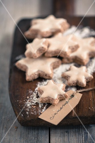Cinnamon stars on a wooden board