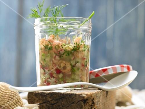 Crab vinaigrette with radish and cucumber