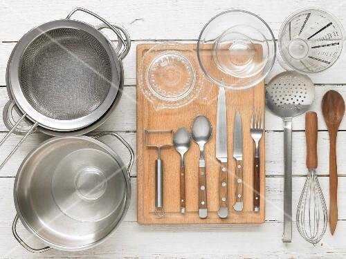 Kitchen utensils for preparing asparagus ragout with sauce