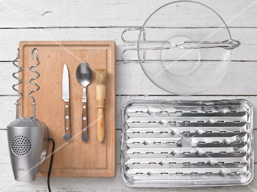 Kitchen utensils for preparing minced beef steaks with a cheese filling