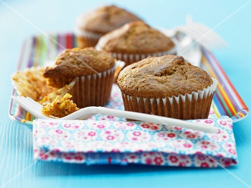 Carrot and almond muffins