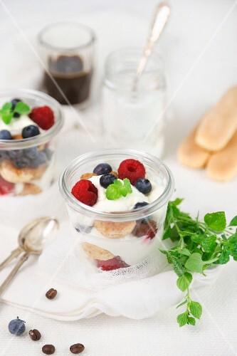 Tiramisu with berries