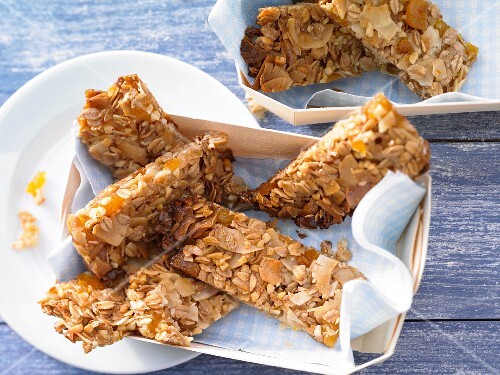 Apricot and coconut bars with almonds