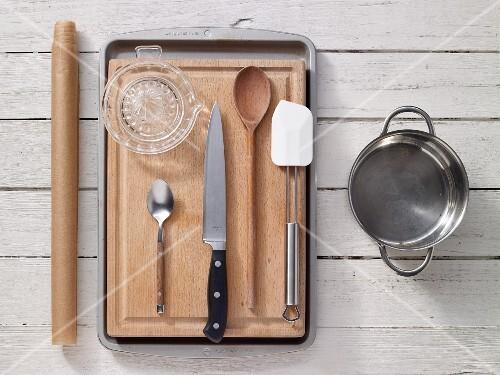 Kitchen utensils for preparing muesli bars