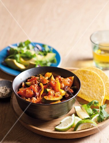 Bean & vegetable chili with tacos