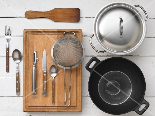 Kitchen utensils for preparing rice