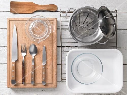 Kitchen utensils for preparing pumpkin