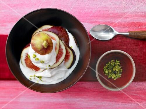 Lemon and cardamom quark with figs
