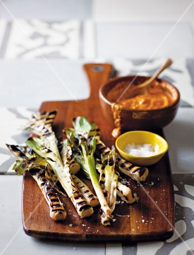 Calçotada (grilled spring onions from Catalonia) with romesco sauce (hot sauce from Catalonia)