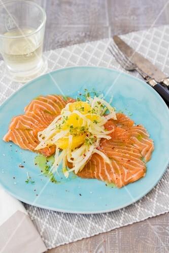 Salmon carpaccio with fenchel and orange