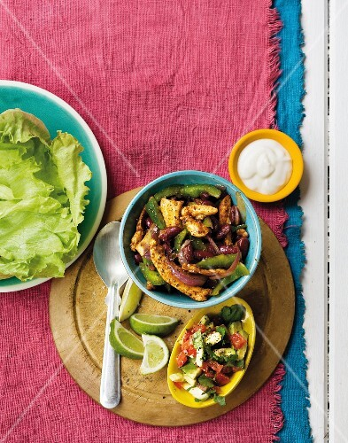 Mexican lettuce wraps with chicken and kidney beans