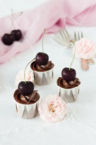 Brownie & cherry cupcakes