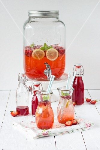 Strawberry syrup and strawberry punch