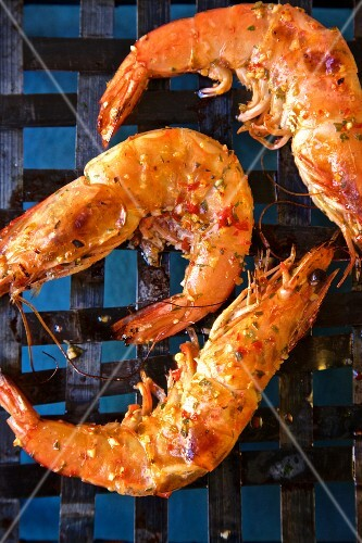 Grilled king prawns with piri piri (seen from above)