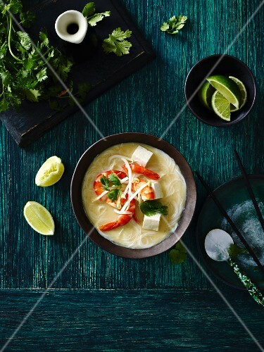 Coconut soup with king prawns and tofu