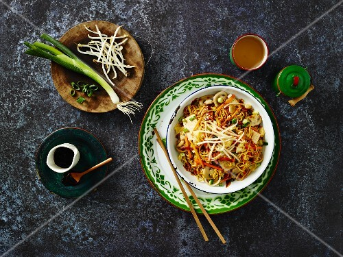 Mee Goreng (an Indonesien noodle dish) with vegetables