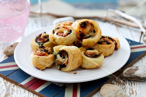 Puff pastry swirls with a vegetable filling