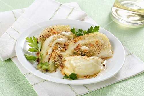 Fennel gratin with hazelnuts