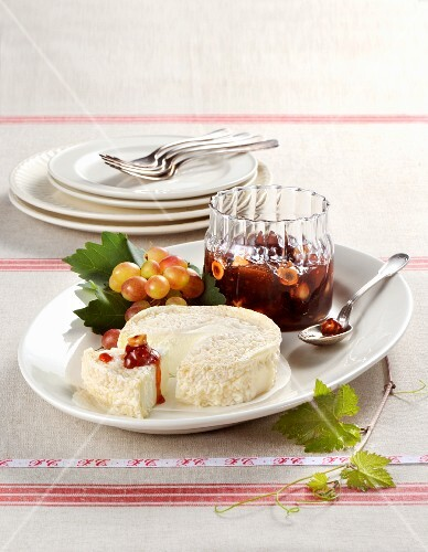 Robiola cheese with grape & nut jam