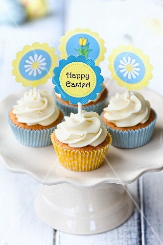 Easter cupcakes on a cakestand