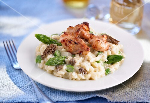 Chicken risotto with morel mushrooms and asparagus