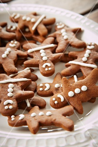 Gingerbread figures on a plate for Christmas