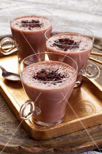 A cocoa drink with grated chocolate