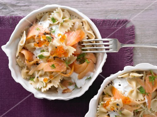 Farfalle with smoked salmon and a creamy sauce